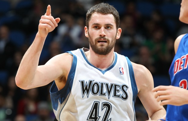 MINNEAPOLIS, MN - JANUARY 18: Kevin Love #42 of the Minnesota Timberwolves reacts to the game action against the Detroit Pistons on January 18, 2012 at Target Center in Minneapolis, Minnesota. NOTE TO USER: User expressly acknowledges and agrees that, by downloading and or using this Photograph, user is consenting to the terms and conditions of the Getty Images License Agreement. Mandatory Copyright Notice: Copyright 2012 NBAE (Photo by David Sherman/NBAE via Getty Images)